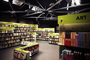 WallStack modular wall system Bookstore